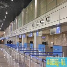 Виктор Ишаев посетил новый аэровокзальный комплекс Владивостока