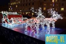 Во Владивостоке уже установлена праздничная елка, идет монтаж зимнего городка