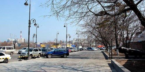 Во Владивостоке продолжается благоустройство центральной площади