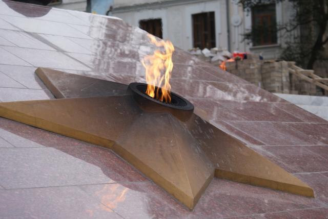 Систему газоснабжения вечного огня отремонтируют