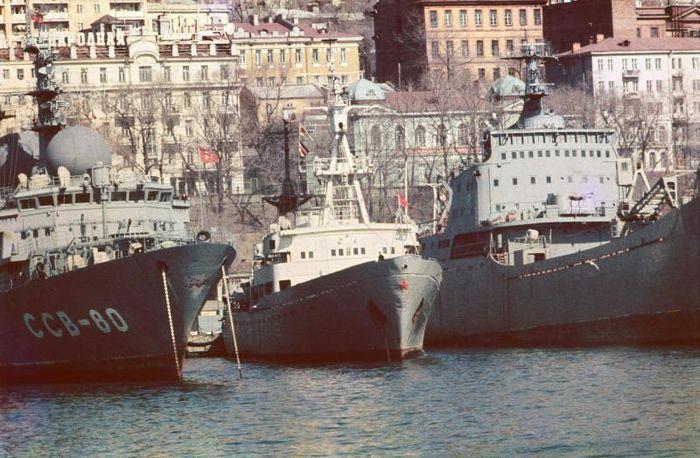 """Причал для вертолетоносцев типа """"Владивосток"""" модернизируют"""
