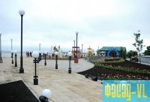 На набережной Владивостока загорелись новые фонари
