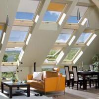 Несколько способов оформления мансардного окна для современного интерьера