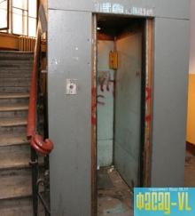 Во Владивостоке продолжается массовый демонтаж старых лифтовых кабин