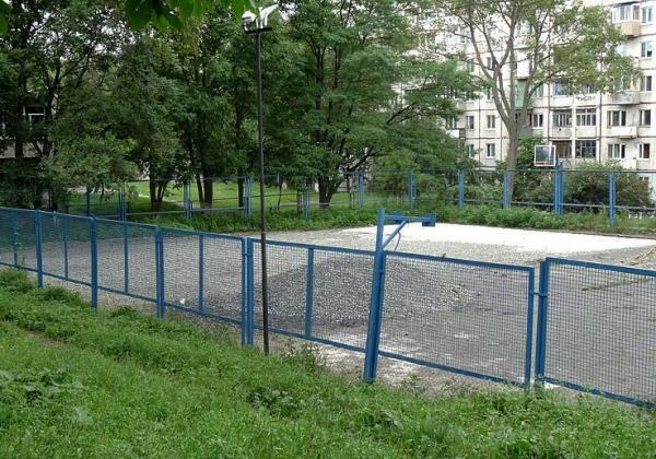 Во Владивостоке появился еще один новый придомовой спортивный объект